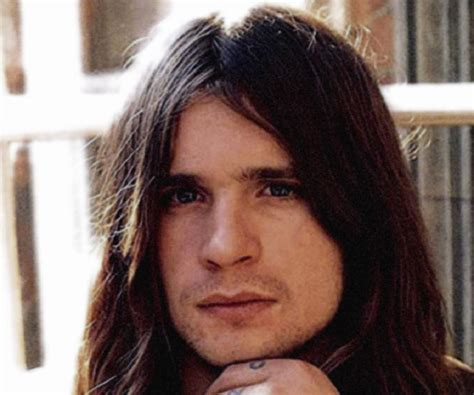 ozzy osbourne biography childhood achievements