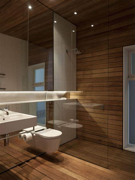 bathroom with wood tile badezimmer ohne fliesen mal anders gestalten 26 ideen