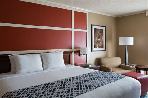 Cheap Rooms At Opryland Hotel by The Inn At Opryland A Gaylord Hotel In Nashville Cheap