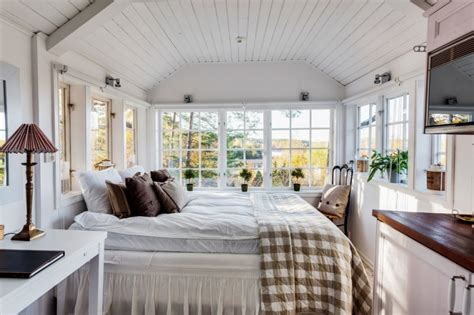 master bedroom window ideas gorgeous small master bedroom ideas to take a look at