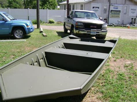 cabelas dundee used boats used alumacraft jon boats for sale boats