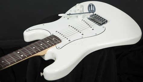 Gitar Fender Std Stratocaster Arctic fender mexican std strat white pau ferro guitars