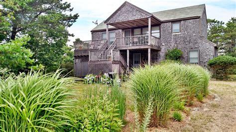 Chappaquiddick House Rentals Chappaquiddick Vacation Rental Home In Martha S Vineyard Ma 02539 Wasque 5 Mi Bay