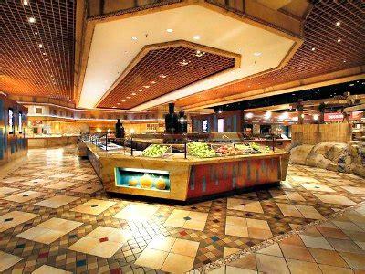 buffet at planet las vegas reviews luxor hotel las vegas review