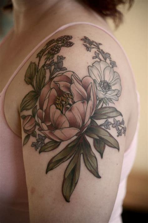 shoulder cap tattoo designs 25 best ideas about aster flower tattoos on