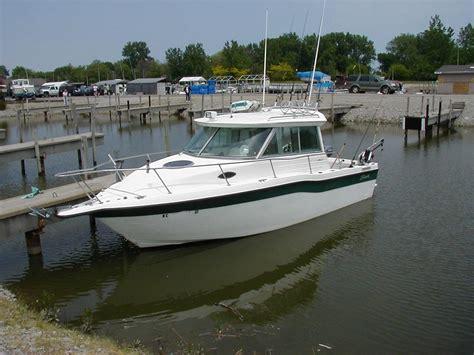 Seaswirl 2600 Sport Cabin by The Boat