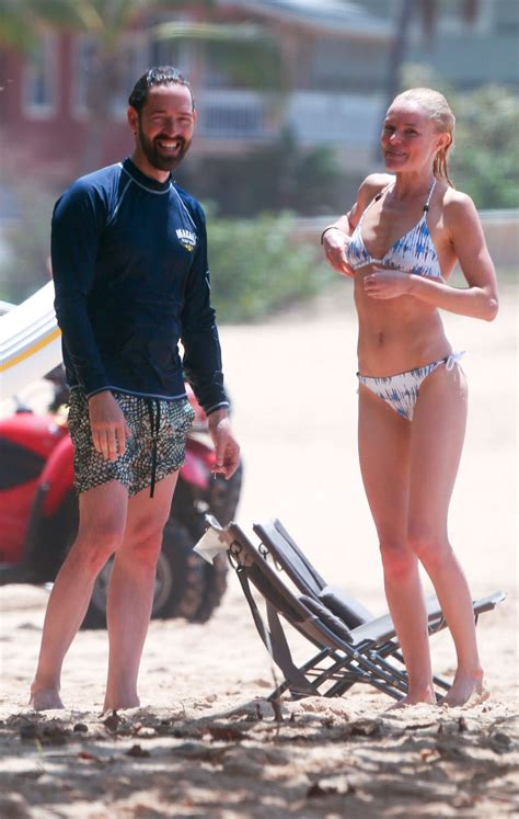 Kate Bosworth Still Wearing by Kate Bosworth Wearing A At A In Hawaii Celebzz
