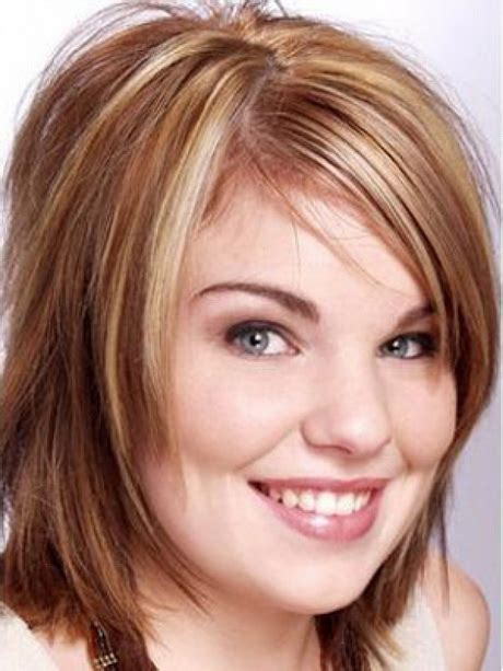 trendy medium length hairstyles for round faces pictures medium length haircuts for round face