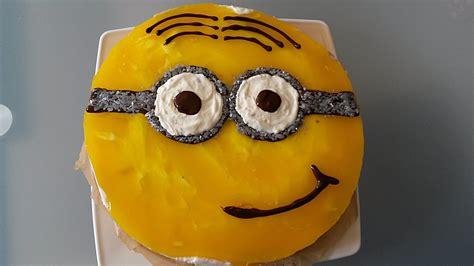 minion kuchen rezept minion sahne aprikosen torte nanynana chefkoch de