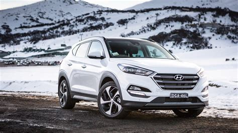 Hyundai Car Wallpaper Hd by 2018 Hyundai Tucson White Car Hd Wallpapers