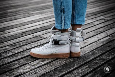 nike womens sf air force  light bonegum sneakers