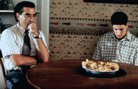 american pie kuchen jason biggs ist stolz auf kuchen szene aus american pie