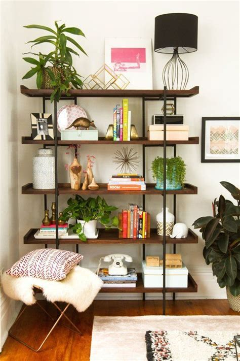 How To Decorate A Bookcase With Pictures