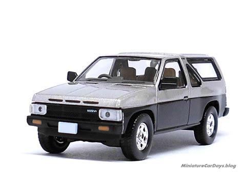 Nissan Terrano R3m Tomica Limited Vintage Neo 2 Seri 4 Unit miniaturecardays トミカリミテッドヴィンテージ