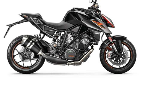 Ktm 1290 Duke R Review 2018 Ktm 1290 Duke R Review Totalmotorcycle