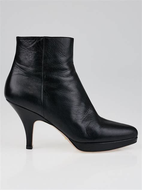 7 Ankle Boots by Prada Black Leather Platform Ankle Boots Size 7 5 38