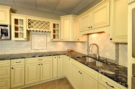 discount kitchen cabinets kansas city kitchen cabinets in kansas city home decorating ideas