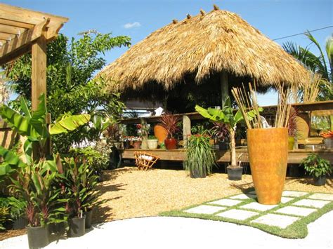 Tiki Huts On Water Tiki Huts Chickee Huts Thatched Roofs Tiki Bars