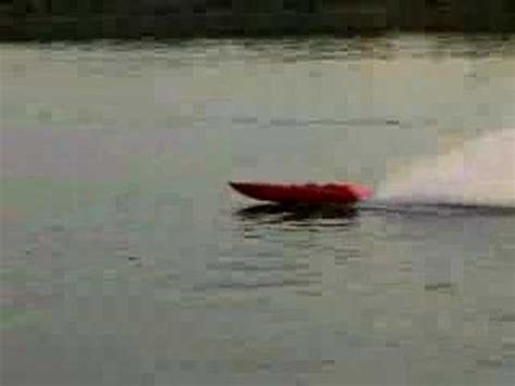 donzi rc boats donzi rc boat with mid mod engine youtube