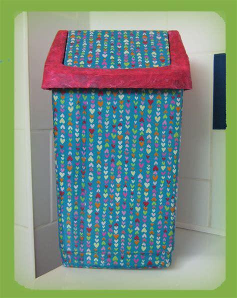 la poubelle la plus violette 224 l eau