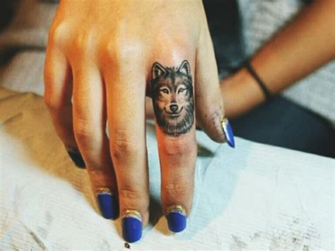 40 masculine wolf tattoo designs for men