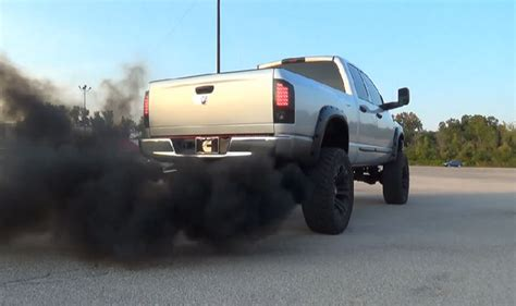 cummins truck rollin coal lifted dodge cummins rolling coal