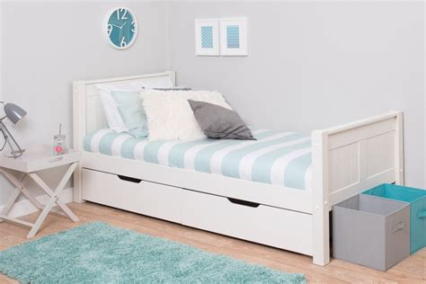 Best Kids Bedrooms classic kids single bed
