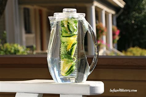 Lightcap Bottle Helps You Drink In The by 4 Fruit Infused Water Ideas To Help You Drink More Water