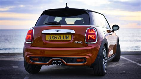 6 4 Mini Cooper by The New Mini Cooper Is Terribly Proud To Be Top Gear