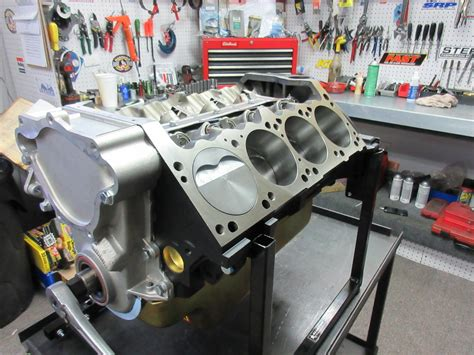 chrysler crate engines high performance engines crate engines stroker engines