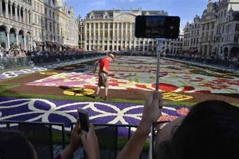 Tapis De Fleurs Grand Place by Bruxelles Le Splendide Tapis De Fleurs De La Grand Place