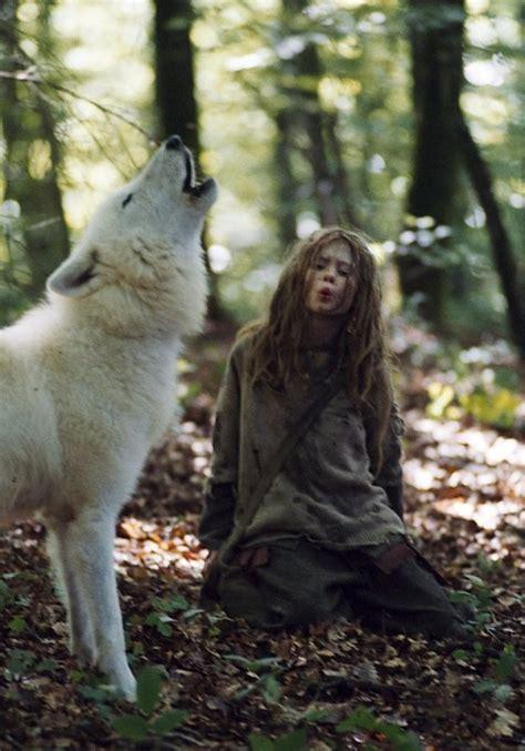 libro the wolf wilder il piacere di pensare donne che corrono coi lupi di clarissa pinkola estes