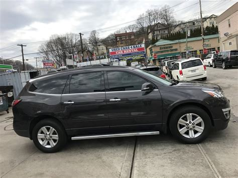used chevrolet traverse for sale used 2013 chevrolet traverse lt suv 15 990 00
