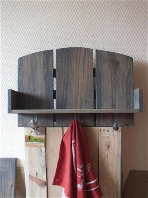 diy rustic pallet shelf ideas diy