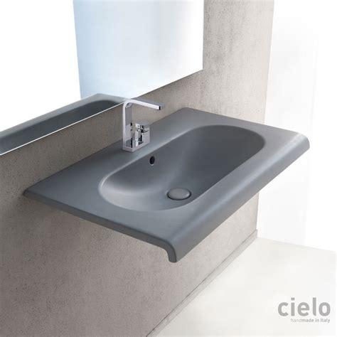 lavelli piccoli lavabi sospesi colorati di design lavabi bagno ceramica