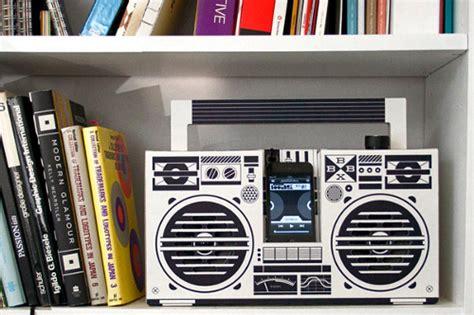 radio reciclable tecnolog 237 a n 243 mada 10 objetos de cart 243 n para crear uno