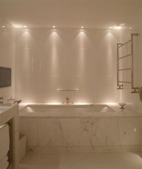 bathtub lights best 25 bathroom lighting ideas on pinterest bathroom