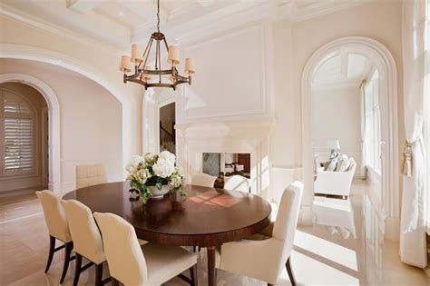 pictures of chandeliers in dining rooms 24 stunning dining rooms with chandeliers pictures