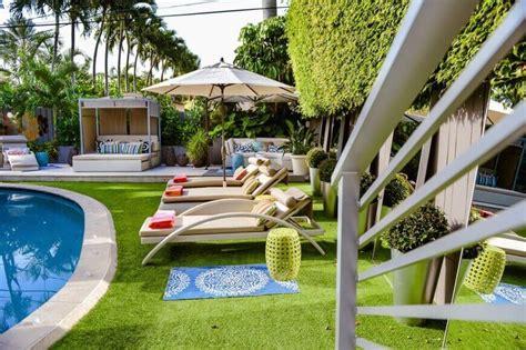 backyard astroturf 27 amazing backyard astro turf ideas