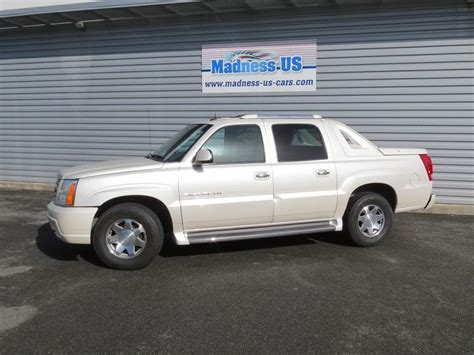 vehicle repair manual 2003 cadillac escalade ext spare parts catalogs service manual instructions how to remove a 2003 cadillac