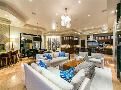 penn jillette house magician penn jillette buys vegas home for 3 3m realtor com 174