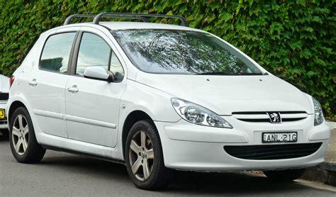 peugeot hatchback models file 2001 2005 peugeot 307 t5 5 door hatchback 2011 03