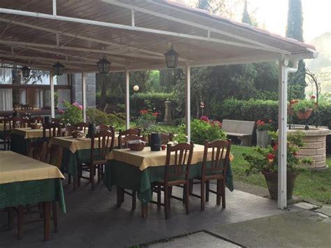 verande genova ristorante con veranda esterna genova la pineta