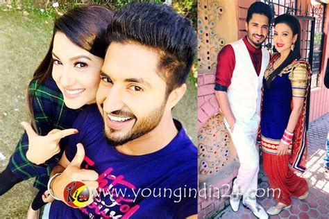 marriage pics of jassi gill with wife jassi gill married newhairstylesformen2014 com