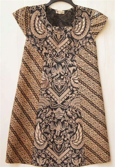 design batik elegant dress batik lawasan batik indonesia pinterest