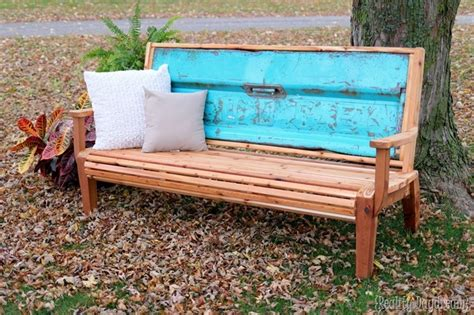 how to make tailgate bench grandma s chippy tailgate bench tutorial and free building