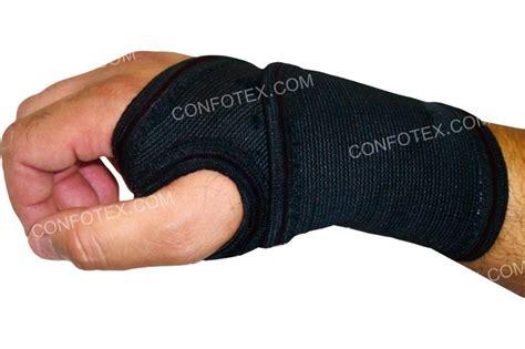 serre poignet serre poignet de maintien confotex