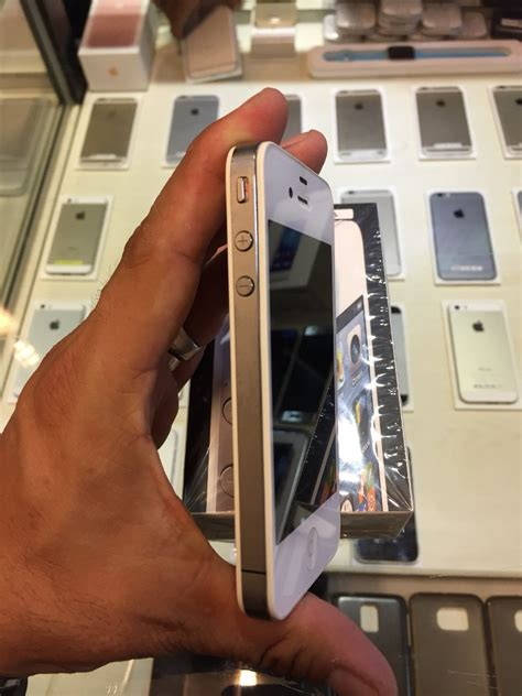 Hp Iphone 4 Seken jual iphone 4 8gb seken mulus original di lapak dbox retail ambassador dbox indonesia