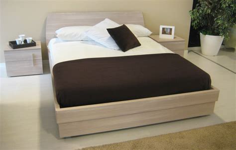 camere da letto con letto contenitore con letto contenitore nuovissima camere a