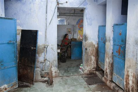 girls in public bathroom india women face disease danger using new delhi slum